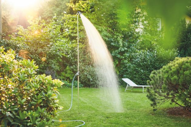 Letní měsíce přinášejí do života nejen pozitivní energii a radost, ale i možnost se opět naplno věnovat venkovním aktivitám. Na druhou stranu je však obtížné vyrovnat se sčasto až nepříjemně vysokými teplotami. O