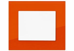Vypínač DECENTE se skleněným rámečkem – odstín třešňově červená (OBZOR)
