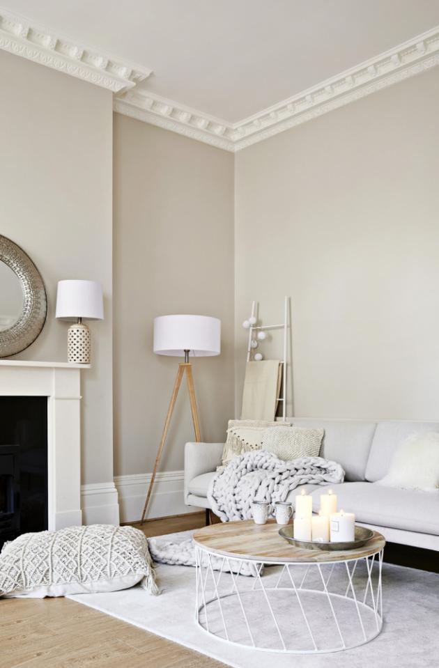 Leonie je romantický typ, takže do bytu v Londýně, kam se nastěhovala, hledala zařízení, které by vyhovovalo její křehké duši a ladilo s architekturou domu, v němž se byt nachází.