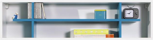 Závěsný regál Mobi 15 z programu Mobi, dřevotříska/kov/plast, 115 × 30 × 25 cm, cena 1 199 Kč, www.asko.cz