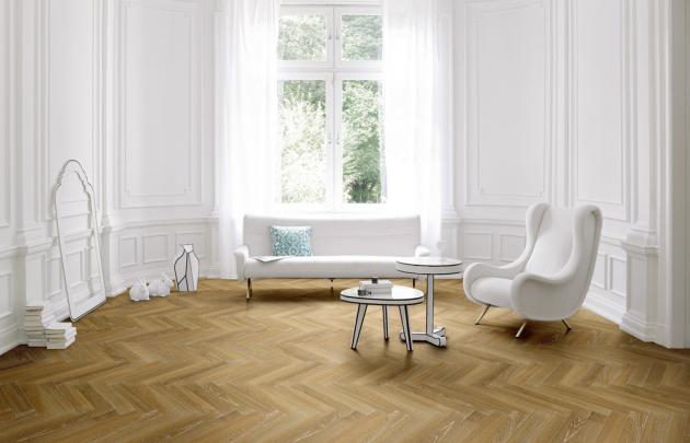 Dřevěná podlaha s parketovou skladbou Parador 10.5 (Parador), dekor Dub ovápněný 1601583, cena 1 780 Kč/m2, www.hornbach.cz